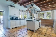 5 Bedroom House for Sale in Constantia Upper - A connoisseur's choice! A class of its own http://www.jawitz.co.za/property/130161