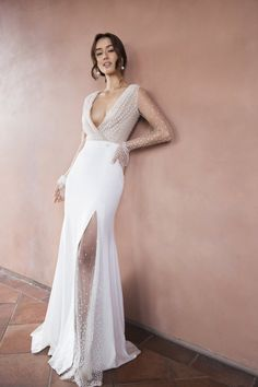 A handpicked collection of rare, sought-after wedding dresses for the modern rom. - A handpicked collection of rare, sought-after wedding dresses for the modern romantic looking to ca - After Wedding Dress, Amazing Wedding Dress, Best Wedding Dresses, Unique Dresses, Boho Wedding Dress, Bridal Dresses, Lace Wedding, Bridesmaid Dresses, Unique Wedding Gowns