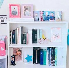 bts room diy So that is my bts album shrine though you cant see all Army Room Decor, Bedroom Decor, Bedroom Wall, Wall Decor, Army Bedroom, Bts Merch, Aesthetic Room Decor, Album Bts, Idee Diy