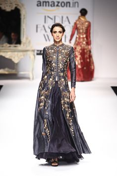Joy Mitra at Amazon India Fashion Week autumn/winter 2016 | Vogue India | Section :- Fashion | Subsection :- Fashion Shows | Author :- Vogue.in | Embeds :- slideshow-right-thumbnail | Covers :- no-cover | Publish Date:- 03-21-2016 | Type:- Story-editorial India Fashion Week, Fashion Week 2016, Pakistani Dresses, Indian Dresses, Indian Look, Indian Wear, Velvet Dress Designs, Indian Bridal Outfits, Wedding Outfits