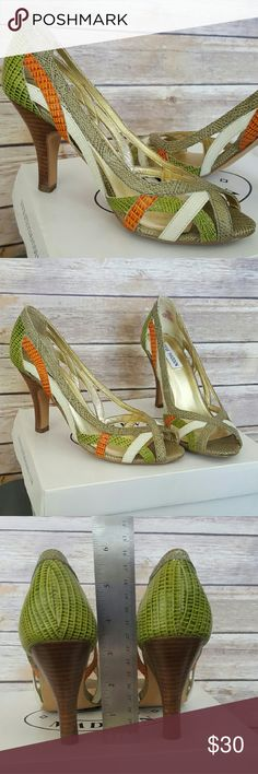 Steve Madden Colour Strap Peep Toe Heels - sz. 7.5 Bright straps of textured colour! Gently worn but look nearly brand new and very clean! Respectful offers always considered! Steve Madden Shoes Heels
