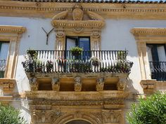 Scicli (Rg) - La bellezza barocca di Scicli  #TuscanyAgriturismoGiratola