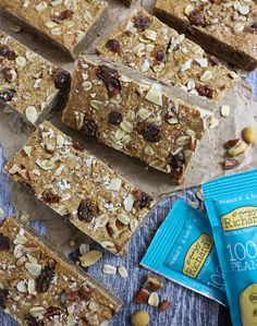 These Simply Nutty Bars aka Peanut Butter Oat Breakfast Bars happen to be refined sugar free, dairy free and gluten free treats! Peanut Butter Breakfast, Peanut Butter Smoothie, Breakfast Bars, Cashew Butter, Natural Peanut Butter, Nutty Bars, Gluten Free Treats, Recipe Using, Tray Bakes