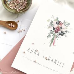 Simple sweet wedding stationery with watercolor flowers and pink envelope. Minimalist Wedding Invitations, Wedding Stationery, Luxury Wedding, Boho Wedding, Nordic Wedding, Pink Envelopes, Modern Fonts, Watercolor Flowers, Wedding Bouquets
