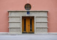 Karl Marx-Hof, Vienna. Apartments entrance Apartment Entrance, Shelf Furniture, Karl Marx, E Design, Vienna, Modern Architecture, Austria, Apartments, Facade