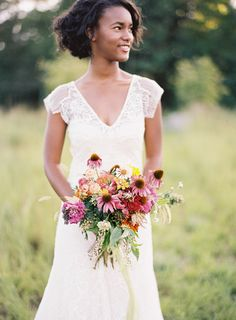 Southern Weddings V7: In Full Bloom - Southern Weddings