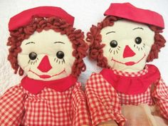vintage handmade Raggedy Ann and Andy dolls Doll Toys, Barbie Dolls, Mom Died, Cool Face, Little Birdie, Raggedy Ann And Andy, Rag Dolls, Classic Toys, Handmade Toys