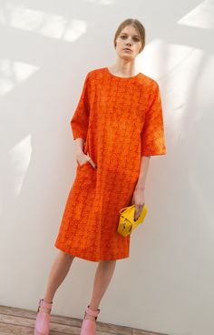 In 1960, as her husband was campaigning for election as POTUS, Jacqueline Kennedy bought seven dresses from the Finnish print company Marimekko.Ka-pow!In