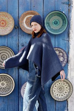 Breipatroon Dames poncho Bell Sleeves, Bell Sleeve Top, Lang Yarns, Catalogue, Hats, Blue, Fashion, Ponchos, Tricot