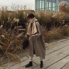 New Fashion Korean Street Style Outfit Ideas Junior Outfits, Mode Outfits, Korean Outfits, Fashion Outfits, Korean Fashion Trends, Korean Street Fashion, Asian Fashion, Home Fashion, Winter Fashion