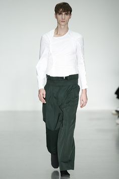 LOOK | 2015-16 FW LONDON MEN'S COLLECTION | CRAIG GREEN | COLLECTION | WWD JAPAN.COM