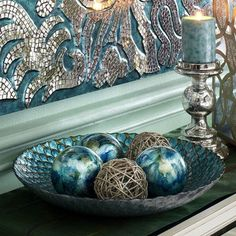 Lustrous aquamarine, olive and bright cerulean form the hypnotic peacock pattern… Peacock Dining Room, Peacock Room Decor, Peacock Bathroom, Peacock Bedding, Peacock Theme, Peacock Ring, Peacock Colors, Peacock Feathers, New Living Room