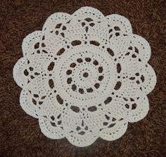 .. pääsi pöydälle, kun siitä tuli niin soma :) Virkattu ontelokuteesta, halkaisija 60 cm valmistui nopsasti ja vaivattomasti ... Crochet Doily Diagram, Filet Crochet Charts, Crochet Stitches, Crochet Home, Love Crochet, Knit Crochet, Doily Patterns, Cross Stitch Patterns, Crochet Placemats