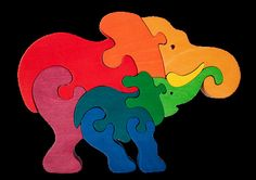 Elephant family -Montessori - Waldorf wooden puzzle, made by hand of maple…