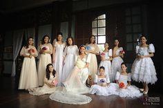 I love this modern filipino wedding! Filipiniana Wedding Theme, Filipiniana Dress, Wedding Gowns, Wedding Photoshoot, Wedding Pics, Dream Wedding, Wedding Ideas, Wedding Themes, Wedding Decor
