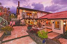 HONOLULU House of the Day: This Kāne'ohe Home Has a Waterfall Feature and a Jacuzzi - Real Estate - July 2015