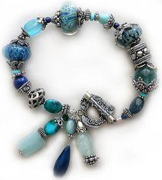 monochromatic tuqruoise bracelet