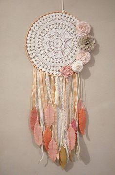 Dream Catcher Mandala, Dream Catcher Decor, Lace Dream Catchers, Dream Catcher Boho, Crochet Dreamcatcher Pattern Free, Crochet Mandala, Crochet Wall Art, Crochet Wall Hangings, Ribbon Crafts