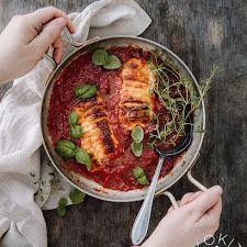 Grillatut varhaiskaalikiekot | Kokit ja Potit -ruokablogi Pork, Meat, Pork Roulade, Pigs, Pork Chops