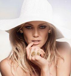 Shirley Mallmann - Perfil de Modelo
