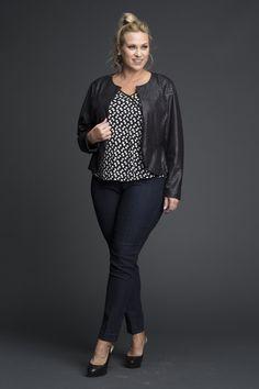 business mode damen Plus Size Cropped Faux Leather Jacket - Plus Size Fashion for Women Look Fashion, Trendy Fashion, Fashion Outfits, Womens Fashion, Curvy Petite Fashion, 50 Fashion, Fashion Fall, Fashion Boots, Fashion Ideas