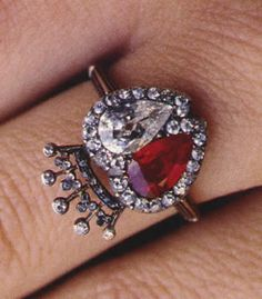 Rubies and diamonds for the engagement ring given by Earl Spencer, brother of Princess Diana, to his first wife Victoria Lockwood