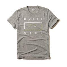 c83fa7b69 Camiseta da Hollister com super bordado na parte da frente da camiseta  escrito Hollister 22.