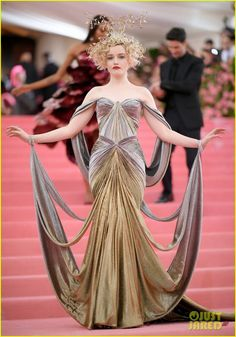 Zac Posen & Prabal Gurung Are Now Selling Gowns Worn at the Met Gala on Moda Operandi Met Gala Outfits, Party Outfits, Gala Dresses, Mini Dresses, Short Dresses, Fantasy Dress, Looks Cool, Kind Mode, Costume Design
