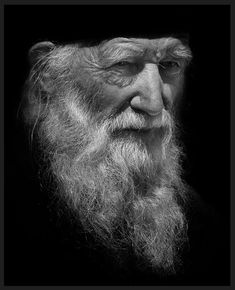 old man portrait Black and White old mans portrait by great portrait artist Vladimir Polischuk. They almost look like some classy oil painting. Old Man Portrait, Old Portraits, Portrait Art, Black And White Portraits, Black And White Photography, Old Man Face, Old Man With Beard, Male Profile, Rock Poster