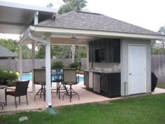 pool house/bathroom idea