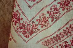 Facebook Sign Up, Bohemian Rug, Cross Stitch, Costumes, Calculator, Moon, Design, Folklore, Embroidery