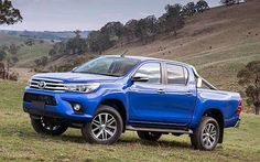 2016 Toyota Hilux side 2