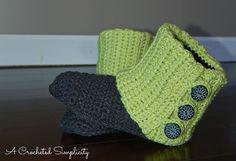 http://www.ravelry.com/patterns/library/womens-slouchy-slipper-boots/slideshow?fullscreen=1