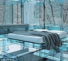 Casa de vidrio del arquitecto Carlo Santambrogio's, dormitorio, diseñado todo en vidrio menos la cama