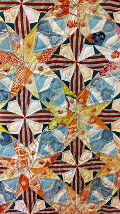Tokyo Quilt Festival - close-up Star Quilts, Scrappy Quilts, Patchwork Quilting, Quilting Projects, Quilting Designs, Art Quilting, Quilting Ideas, Triangle Quilt Tutorials, Kaleidoscope Quilt