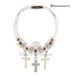 Pulsera Charms Cruz Charmed, Bracelets, Jewelry, Fashion, Necklaces, Bangle Bracelets, Rhinestones, Moda, Jewlery