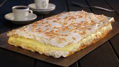 Kvæfjordkake   Verdens beste kake   Oppskrift - MatPrat Norwegian Food, Cream Cake, International Recipes, Coffee Cake, I Love Food, Norway, Yummy Food, Sweets, Bread