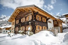 Chalet 1597 Lech exterior in winter