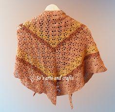 Triangular crochet scarf - bak