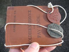 WW2 SET: Polish Soldiers original  DOG TAGS ID Discs and Soldiers BOOK genuine