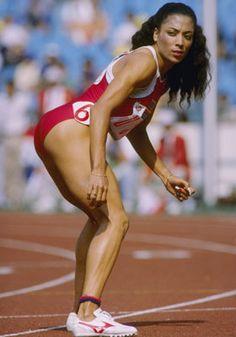 Florence Delorez Griffith Joyner #Athlete #TrackandField #US #100M #200M