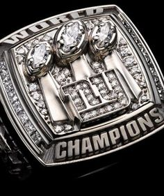 Super Bowl rings: Check out the championship bling from every winner. 2007 New York Giants New York Giants Football, My Giants, New York Yankees, Football Moms, Football Players, Football Rings, Jets Football, Basketball Players, Soccer