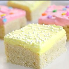 Sugar cookie bars! http://www.the-girl-who-ate-everything.com/2010/06/sugar-cookie-bars.html
