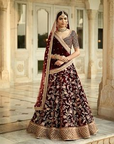 Are you Looking for Buy Indian Lehenga Choli Online Shopping ? We have Largest & latest Collection of Designer Indian Lehenga Choli which is available now at Best Discounted Prices. Indian Lehenga, Sabyasachi Lehenga Online, Anarkali, Sabyasachi Bride, Indian Bridal Outfits, Indian Bridal Wear, Pakistani Bridal, Indian Dresses, Indian Bridal Party