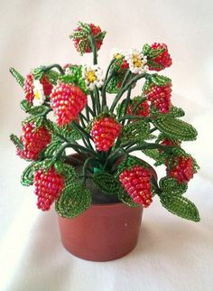 Новости Beaded Flowers Patterns, Crochet Flower Patterns, Crochet Flowers, Beading Patterns, Sequin Crafts, Beaded Crafts, Wire Crafts, Fuse Beads, Beads And Wire