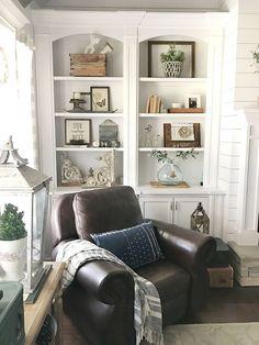 Marvelous Farmhouse Style Living Room Design Ideas 47