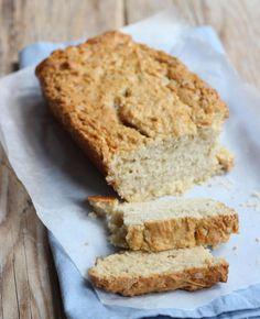 Ben je gek op bakken? Maak eens dit heerlijke zelfgemaakte suikerbrood. Heerlijk voor bij de koffie of thee, of neem een plakje mee als tussendoortje!