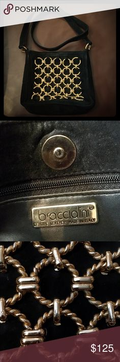 Exquisite Braccialini leather purse!  Stunning 💛 An elegant Italian made Braccialini purse. This bag features a leather shoulder strap and gold-coloured metal chain. Elegant and stylish!  🌟🌟 Perfect used condition! Comes in storage bag. Braccialini Bags Crossbody Bags