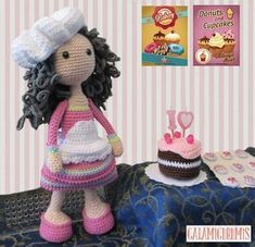 Doll Patterns Free, Free Pattern, Crochet Patterns, Crochet Video, Amigurumi Tutorial, Knitted Dolls, Stuffed Toys Patterns, Fashion Dolls, Doll Clothes