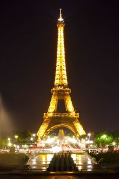 Beautiful city tower urban landscape iphone wallpapers tap to see eiffel tower paris night iphone 4s wallpaper appriciate more herehttp voltagebd Gallery
